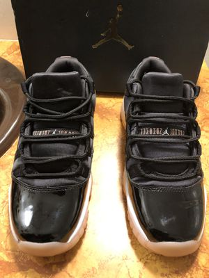 Air Jordan Retro 11 Low Bleached Coral GS Size 7 Y for Sale in Wichita, KS