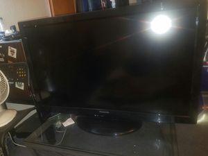 42' Panasonic tv for Sale in Tukwila, WA