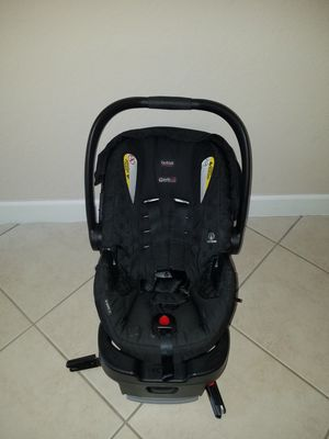 B-Safe 35 Britax Car seat and base for Sale in Miami, FL