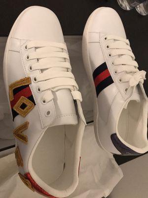 Gucci loved sneakers size 8 men's 10.5 women's for Sale in Corona, CA
