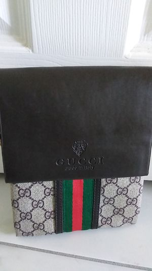 Gucci bag for Sale in Fontana, CA