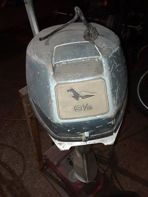 9.5hp evinrude outboard motor. Runs good for Sale in Kyle, TX