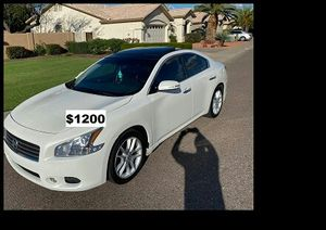 $12OO I sell URGENT my family car 2OO9 Nissan Maxima Runs and drives great! Clean title. for Sale in South Sioux City, NE