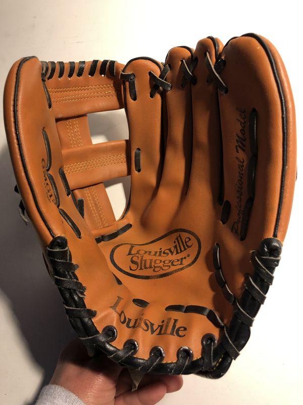 Luisville Slugger baseball Glove size 11
