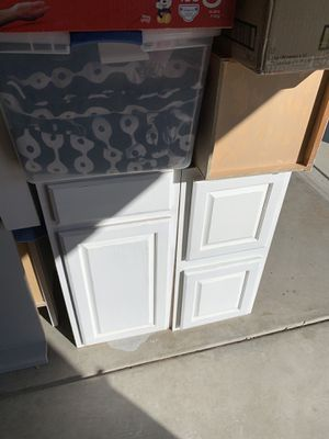 Cabinets and counter for Sale in Modesto, CA