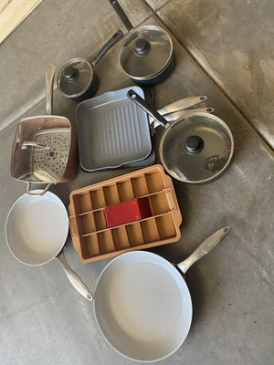 Misc pots and pans - includes copper chef and green pans for Sale in Laveen Village, AZ