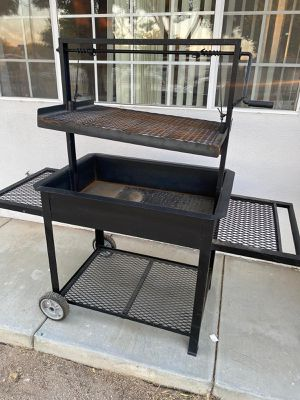 Metal bbq grill Asador!!! for Sale in Fresno, CA