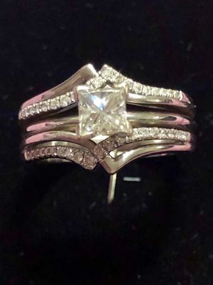 Diamond Wedding/Engagement Ring for Sale in Newark, OH