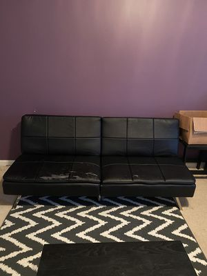 Futon sleeper couch for Sale in Conyers, GA