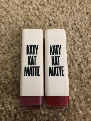 Katy Perry , Covergirl - Lipsticks in Matte for Sale in Vallejo, CA