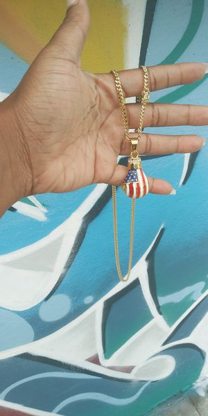 🚚💨I deliver🚀I Ship...😍😍💎14k Gold plated 💦3mm Necklace and charm🌟🌟🌟🌟🌟 for Sale in Hollywood, FL