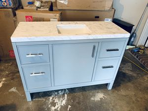 Complete household remodeling stuff sinks showers bathroom kitchen medicine cabinets and vanity's for Sale in Fort Worth, TX