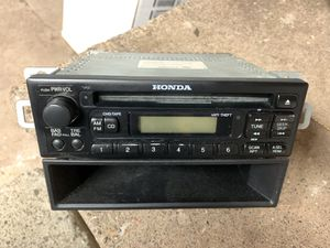 98-02 Honda Accord Radio for Sale in East Hartford, CT