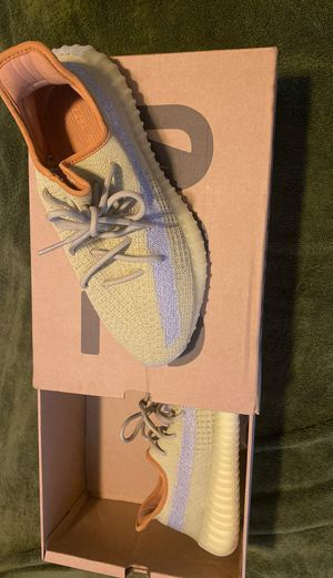Yeezy Boost 350 size 10 for Sale in Hayward, CA