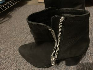 Aldo ankle length boots size 7 for Sale in Issaquah, WA