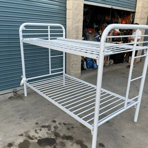 bunk bed for Sale in Garden Grove, CA