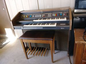 FREE ORGAN!! AND IT WORKS:) for Sale in Tempe, AZ