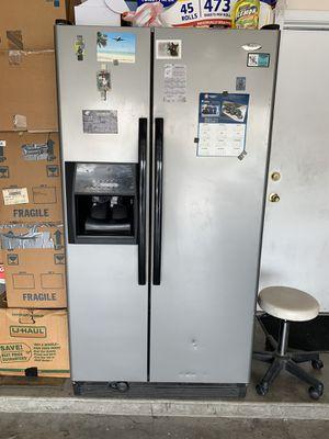 Free Refrigerator for Sale in Las Vegas, NV