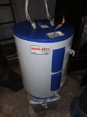 MOR-FLO DOUBLE HEATING ELEMENT HOT WATER HEATER for Sale in Apopka, FL