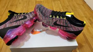 Nike Air Vapormax Flyknit size 5.5 for women for Sale in Paramount, CA