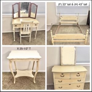 1940s 5 Piece Bedroom Set for Sale in Visalia, CA