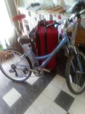 Mountain bike for Sale in Tarpon Springs, FL