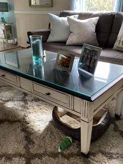 Refurbished Coffee Table for Sale in Pittsburgh,  PA