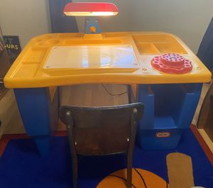 Little tikes desk with light and a chair for Sale in Las Vegas, NV