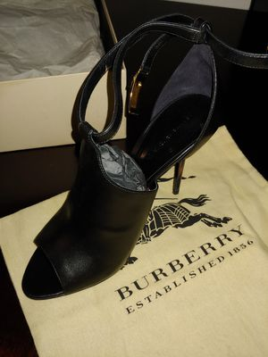 Burberry dressy high heel(heel is approx.4 inches) for Sale in Houston, TX