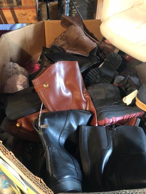 Name brand women's shoe Pallet for Sale in Bell Gardens, CA