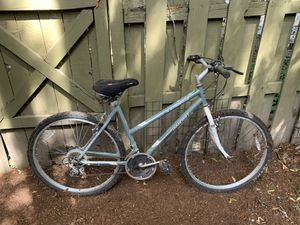 Women's mountain bike for Sale in Beaverton, OR