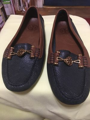TORY BURCH MOCCASIN SIZE 8 1/2 for Sale in Bladensburg, MD