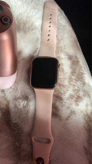 apple watch series 4 for Sale in Squaw Valley, CA