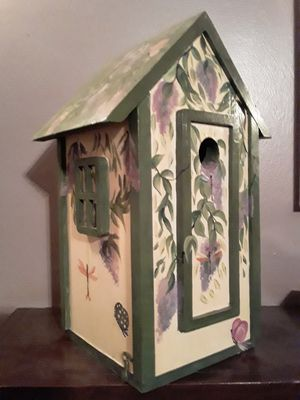 Handcrafted/painted Birdhouse for Sale in Knoxville, TN
