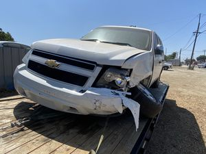 2012 CHEVY TAHOE 5.3L (PARTS ONLY) for Sale in Modesto, CA