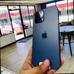 iPhone 12 Pro Max Factory Unlocked 67B8 for Sale in Dallas,  TX