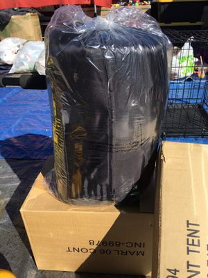 Marlboro new adult sleeping bag for Sale in Hesperia, CA
