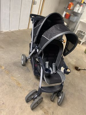 Chicco Cortina Double stroller for Sale in Pittsburgh, PA