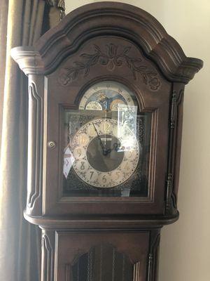 Grandfather Clock for Sale in Aspen Hill, MD