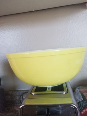 Pyrex 404 yellow for Sale in Long Beach, CA