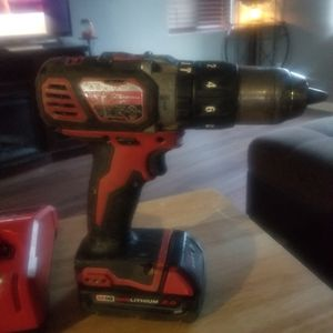 Milwaukee hammer drill m18 works good hold good charge comes with battery and charger for Sale in Lancaster, CA