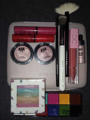 Mary Kay Mirror & Makeup Assortment for Sale in Hilliard, OH