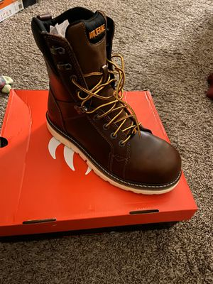 """Wolverine Boot 8"""" composite toe for Sale in HIGHLAND, CA"""