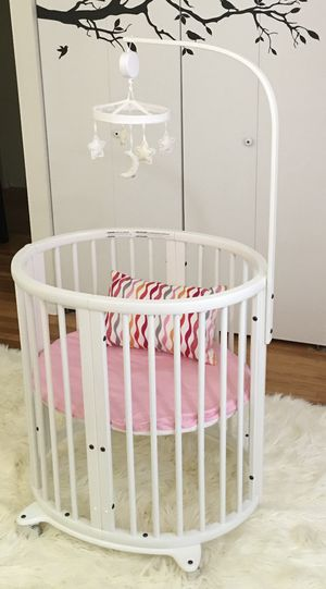 Stokke Sleepi mini crib/crib/toddler set for Sale in Reston, VA