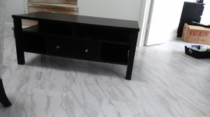Tv stand or center table for Sale in Tampa, FL