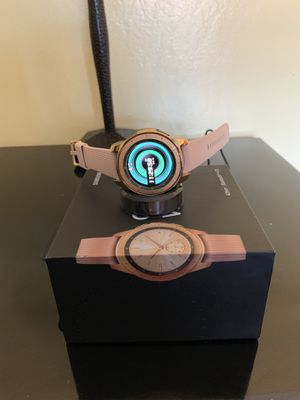Galaxy watch nuevo con sus accesorio y dos protector for Sale in Richmond, CA