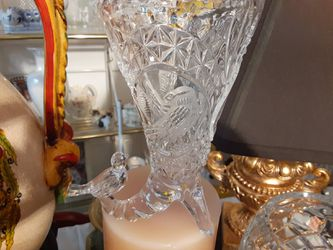 GORGEOUS LOOKING Crystal Glass Vase and Birds for Sale in Arnold,  MO