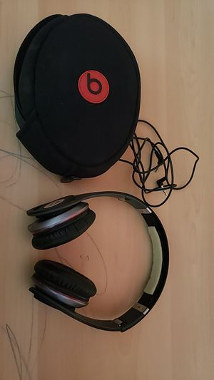 Beats by Dre Solo wired headphones for Sale in Tacoma, WA