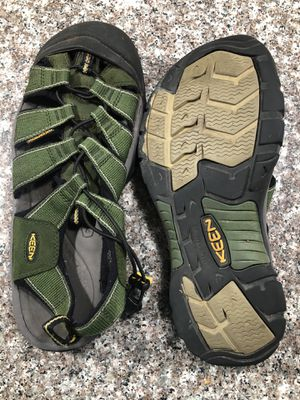 Keen hiking shoes for Sale in Laveen Village, AZ