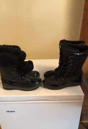 7 1/2 winter coach boots for Sale in Washington, DC
